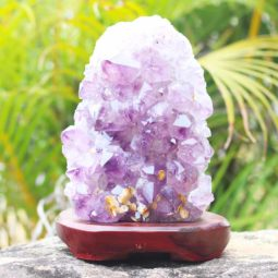 4.25kg Natural Amethyst Lamp with Timber Base [CRY408] | Himalayan Salt Factory
