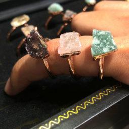 five types Raw gemstones Copper Rings 15 pcs BR 2317   Himalayan Salt Factory