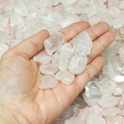 1kg Clear Quartz Mini Tumbled Stone (1cm x 2cm) Parcel   Himalayan Salt Factory